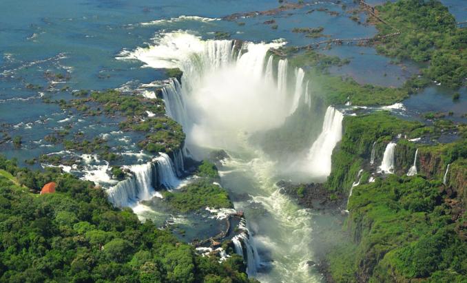【南美五國】 巴西+阿根廷+烏拉圭+智利+秘魯  暢品南美風情 21天之旅 ( UA)