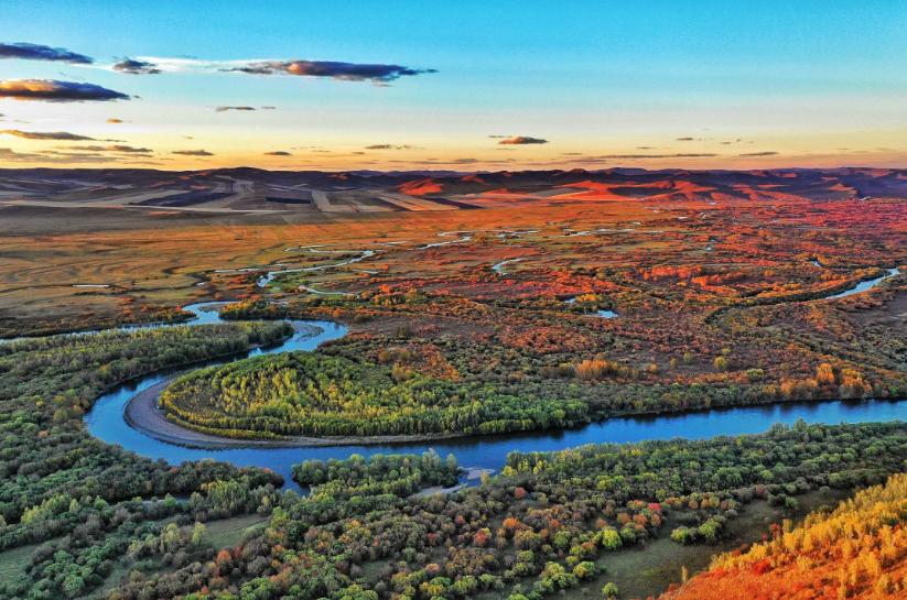 【品质寻味之旅】 呼伦贝尔大草原、丽丽娅庄园、敖鲁古雅驯鹿部落、黑山头、莫日格勒河、亚洲第一湿地、国门、满洲里5天双飞游