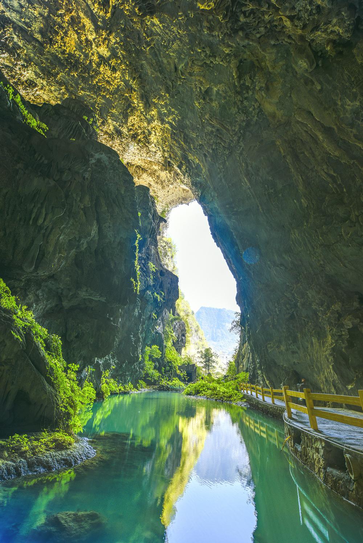 【穿越·瀑屿海】 德天瀑布·通灵峡谷·巴马寿乡·北海7游